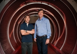Zynga CEO Mattrick steps down effective immediately, founder Pincus returns