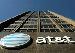 AT&T is about to get hit with a $100 million fine for throttling its customers