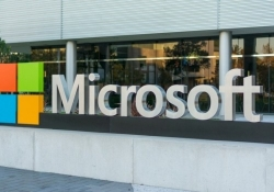 Microsoft writes down Nokia acquisition, loses $3.2 billion in Q4