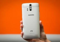 ZTE launches flagship Axon smartphone for just $450