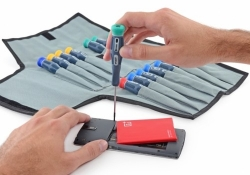 Get the iFixit Pro Tech Screwdriver Set + Jimmy Tool for 39% off