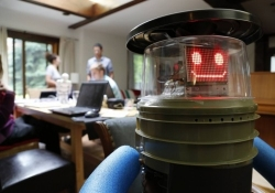 HitchBOT the Hitchhiking robot destroyed upon reaching Philadelphia