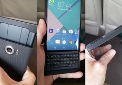 BlackBerry's Android slider with physical keyboard poses for the camera