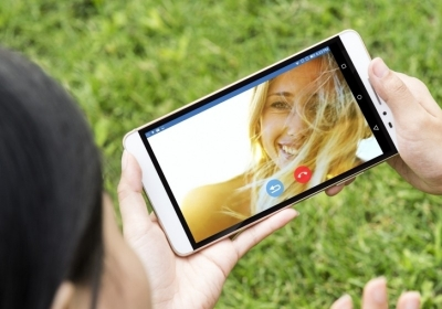How big is too big? Lenovo pushes the bounds of practicality with massive 7-inch smartphone