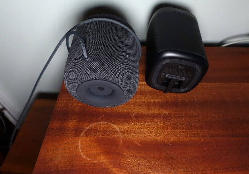 Sonos One speakers leave same white marks as HomePod - 2018 02 16 ts3 thumbs e65