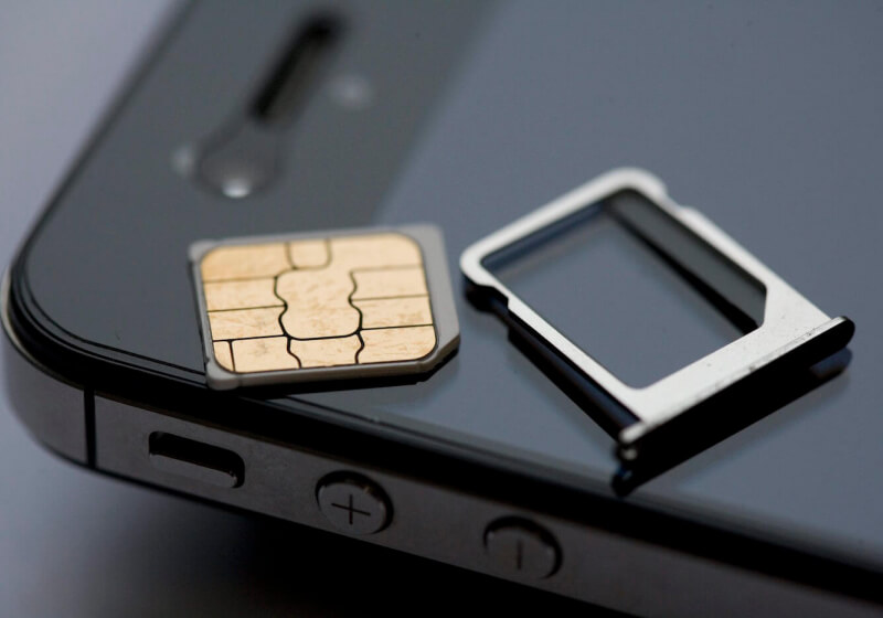 GSM Association puts eSIM standard on hold following investigation into wireless carriers