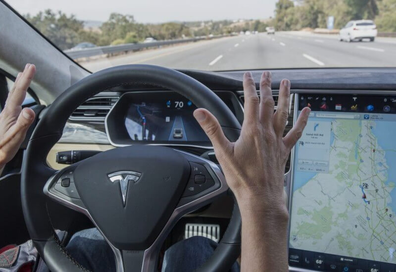 Tesla's 'Summon' Autopilot feature will soon let you control your vehicle 'like a big RC car'